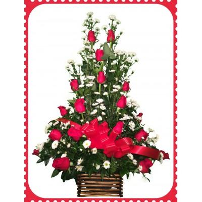 AR18 18 Roses Floral