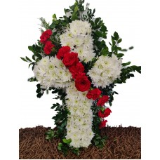 CR10 Small Cross with Carnations