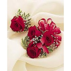 Roses Corsage With Case